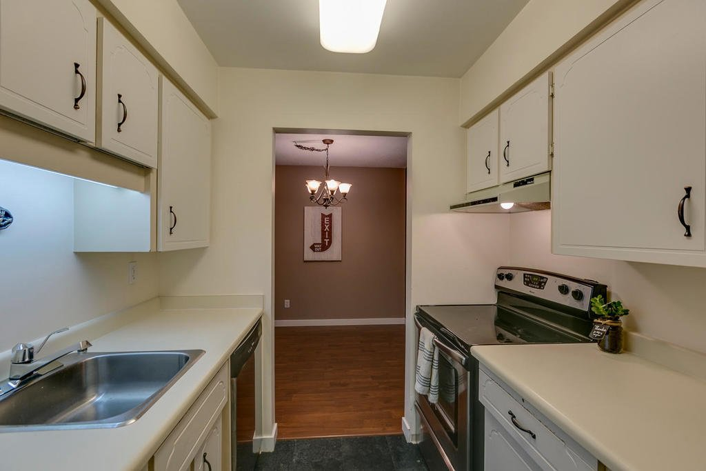 """Photo 12: Photos: 1424 34909 OLD YALE Road in Abbotsford: Abbotsford East Condo for sale in """"THE GARDENS"""" : MLS®# R2109176"""