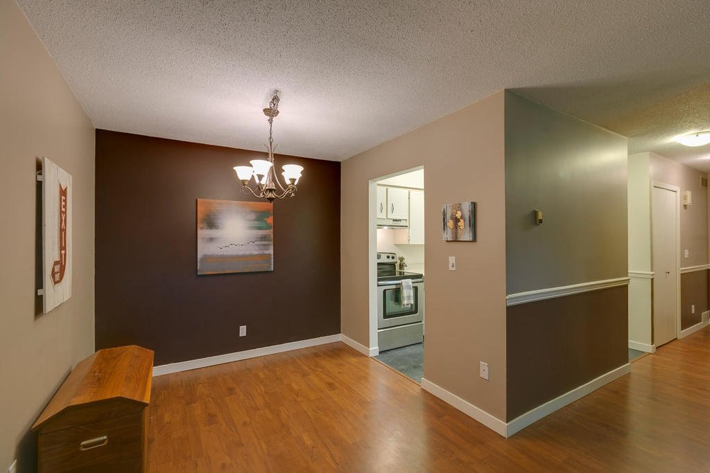"""Photo 7: Photos: 1424 34909 OLD YALE Road in Abbotsford: Abbotsford East Condo for sale in """"THE GARDENS"""" : MLS®# R2109176"""