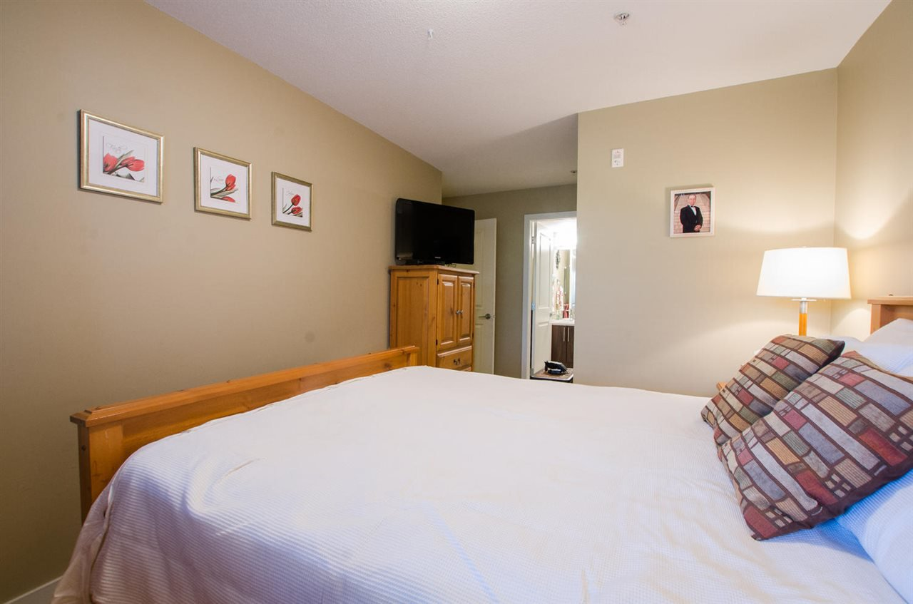 """Photo 7: Photos: A107 8929 202 Street in Langley: Walnut Grove Condo for sale in """"The """"Grove"""""""" : MLS®# R2142783"""