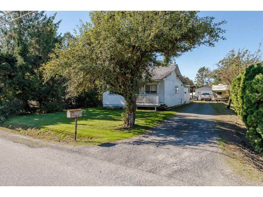 Main Photo: 4675 SIMMONS Road: Yarrow House for sale : MLS®# R2212369