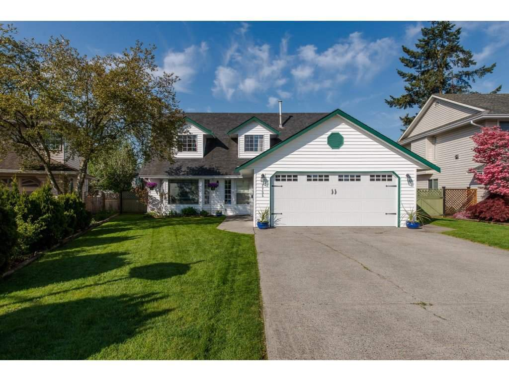Main Photo: 2755 DEHAVILLAND Place in Abbotsford: Abbotsford West House for sale : MLS®# R2262589