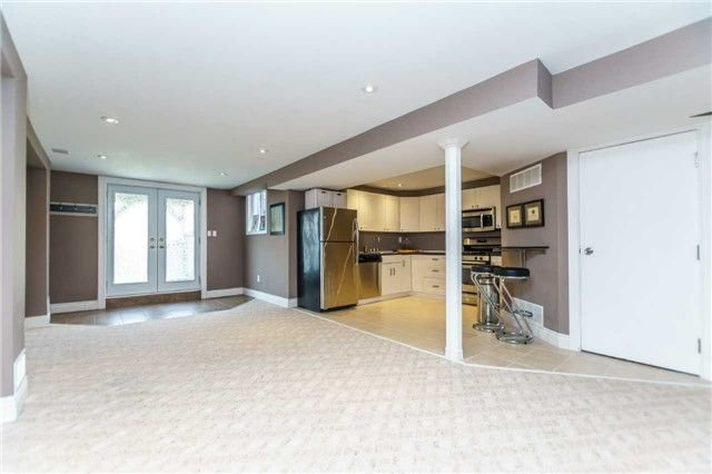 Photo 18: Photos: 10 Vail Meadows Crescent in Clarington: Bowmanville House (2-Storey) for sale : MLS®# E4120484