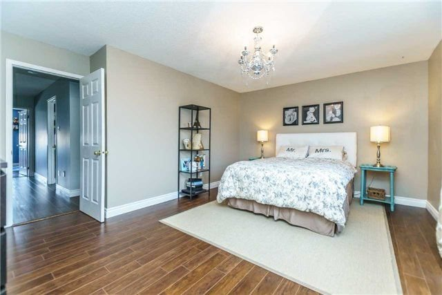Photo 11: Photos: 10 Vail Meadows Crescent in Clarington: Bowmanville House (2-Storey) for sale : MLS®# E4120484