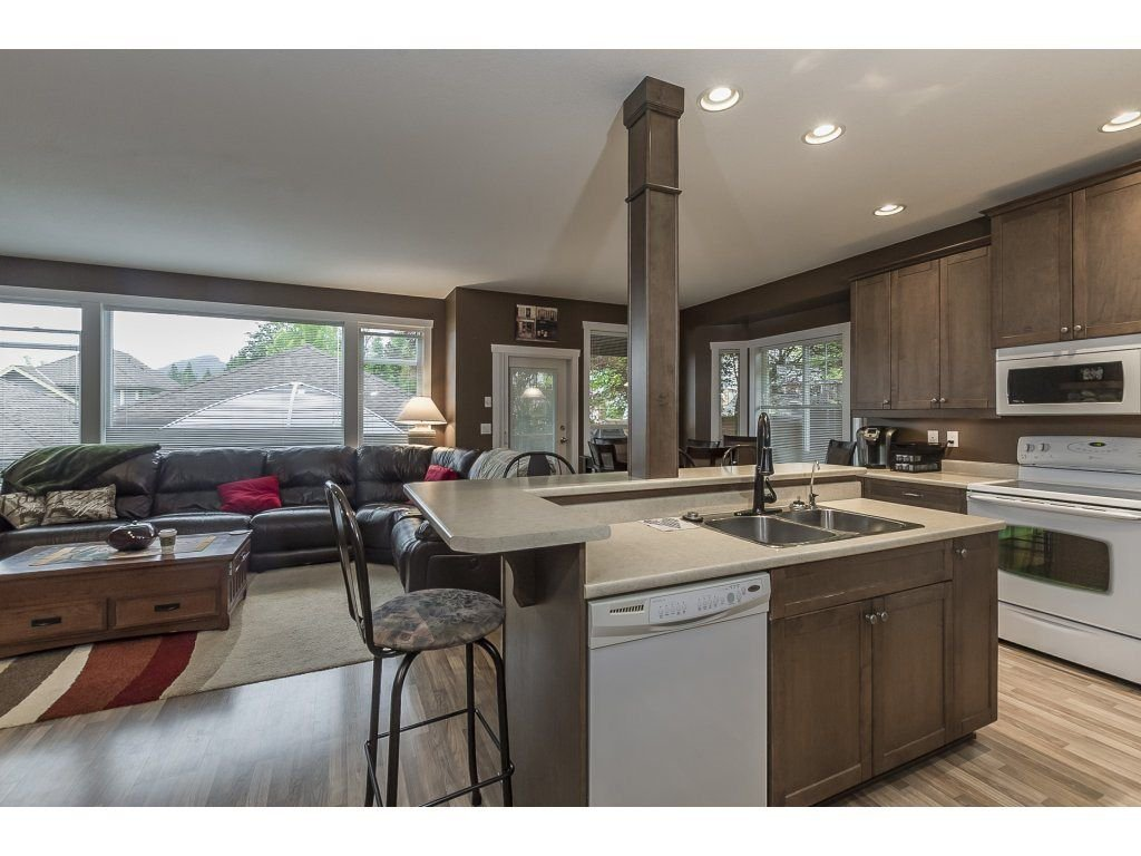 """Photo 11: Photos: 22995 139 Avenue in Maple Ridge: Silver Valley House for sale in """"SILVER RIDGE"""" : MLS®# R2277675"""