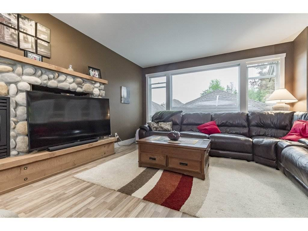 """Photo 3: Photos: 22995 139 Avenue in Maple Ridge: Silver Valley House for sale in """"SILVER RIDGE"""" : MLS®# R2277675"""