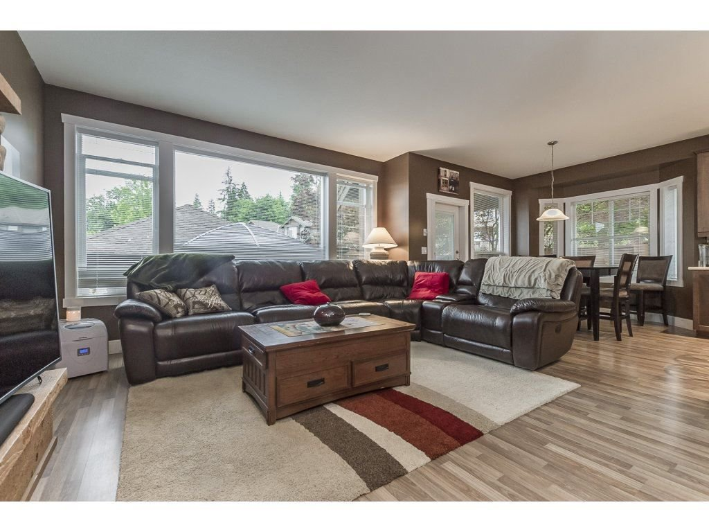 """Photo 4: Photos: 22995 139 Avenue in Maple Ridge: Silver Valley House for sale in """"SILVER RIDGE"""" : MLS®# R2277675"""
