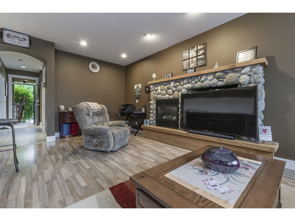 """Photo 5: Photos: 22995 139 Avenue in Maple Ridge: Silver Valley House for sale in """"SILVER RIDGE"""" : MLS®# R2277675"""
