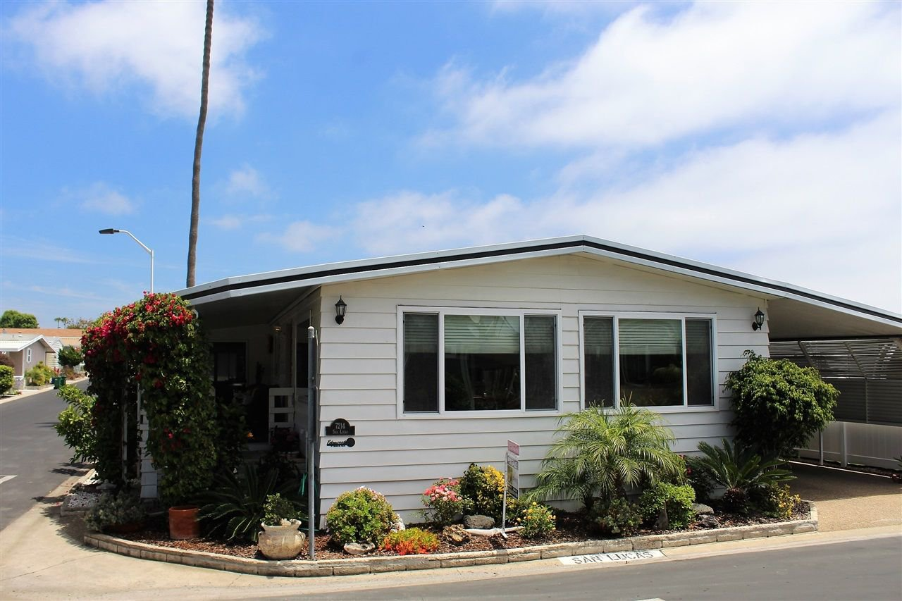 Main Photo: CARLSBAD WEST Manufactured Home for sale : 2 bedrooms : 7214 San Lucas in Carlsbad