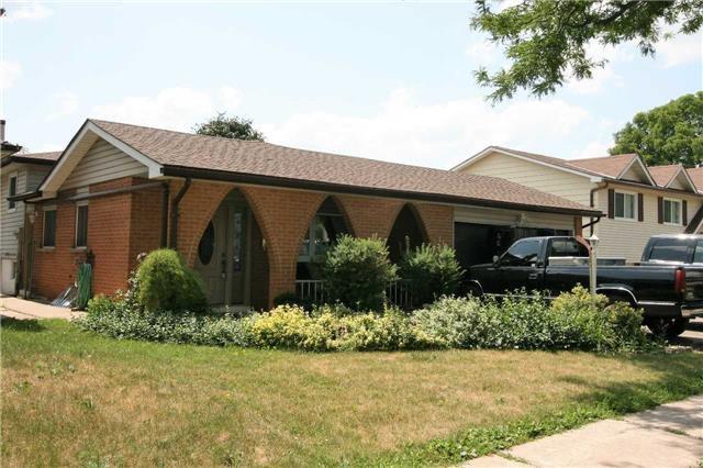 Main Photo: 119 Morgandale Crescent: Orangeville House (Backsplit 4) for sale : MLS®# W4189245