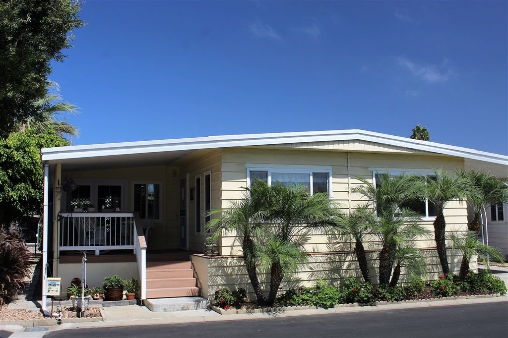 Main Photo: CARLSBAD WEST Manufactured Home for sale : 2 bedrooms : 7008 San Carlos #65 in Carlsbad