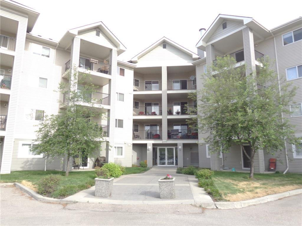 Main Photo: 4322 4975 130 Avenue SE in Calgary: McKenzie Towne Apartment for sale : MLS®# C4210217