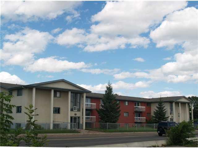 Main Photo: 205 3720 118 Avenue in Edmonton: Zone 23 Condo for sale : MLS®# E4147802