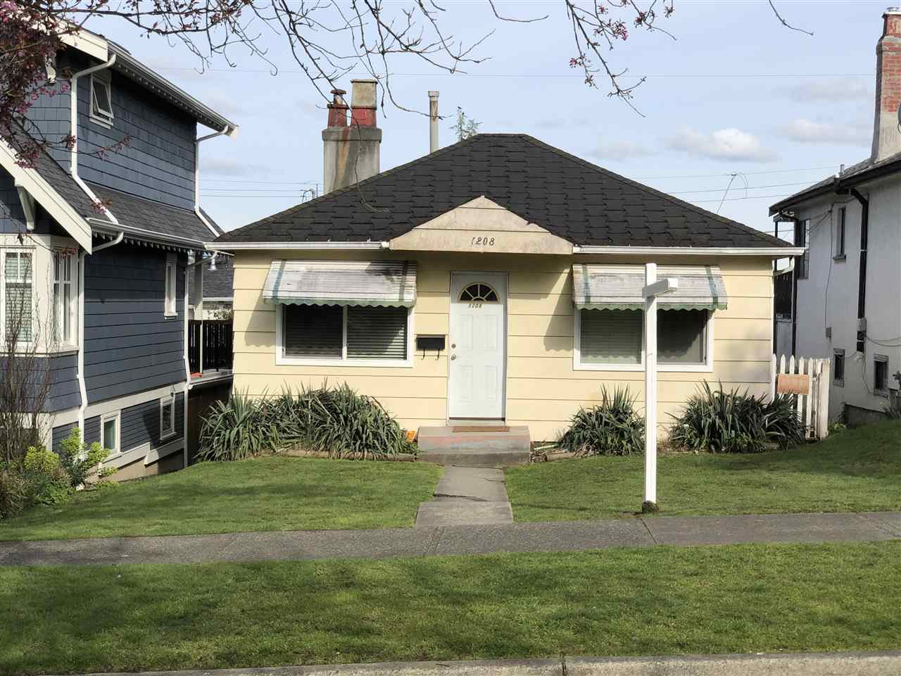 Main Photo: 1208 NOOTKA Street in Vancouver: Renfrew VE House for sale (Vancouver East)  : MLS®# R2359713
