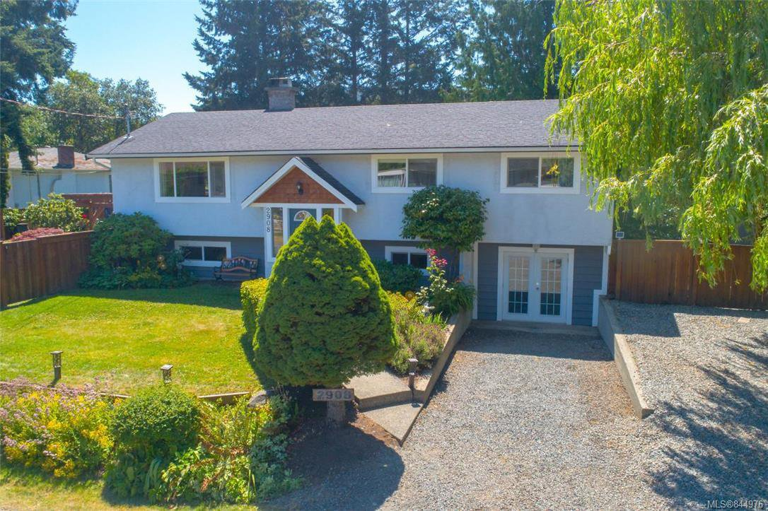 Main Photo: 2908 Corrine Pl in Langford: La Goldstream House for sale : MLS®# 844976