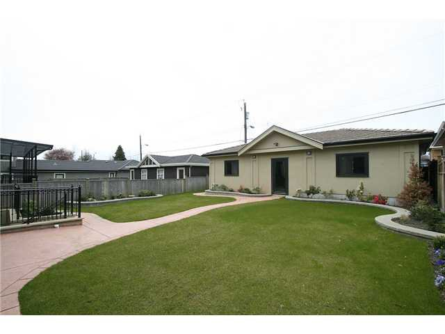 Photo 10: Photos: 2171 W 18TH Avenue in Vancouver: Arbutus House for sale (Vancouver West)  : MLS®# V889342