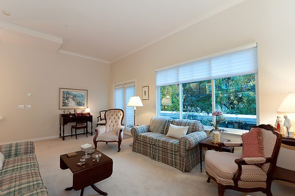 Photo 5: Photos: 5466 LARCH Street in Vancouver: Kerrisdale Townhouse for sale (Vancouver West)  : MLS®# V918064