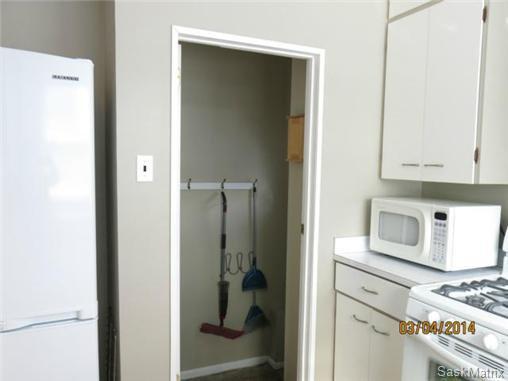 Photo 9: Photos: 1620 Rylston Road in Saskatoon: Mount Royal Single Family Dwelling for sale (Saskatoon Area 04)  : MLS®# 489545