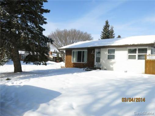 Photo 2: Photos: 1620 Rylston Road in Saskatoon: Mount Royal Single Family Dwelling for sale (Saskatoon Area 04)  : MLS®# 489545