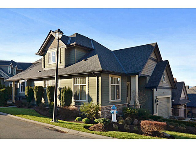 "Main Photo: 32 3800 GOLF COURSE Drive in Abbotsford: Abbotsford East House for sale in ""LEDGEVIEW GOLF COURSE"" : MLS®# F1430765"