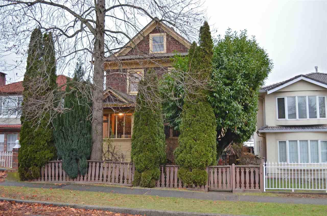 """Main Photo: 1319 E 28TH Avenue in Vancouver: Knight House for sale in """"VANCOUVER EAST KNIGHT"""" (Vancouver East)  : MLS®# R2018534"""