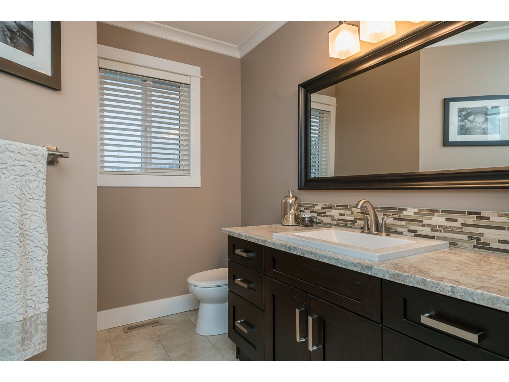 Photo 16: Photos: 5852 CLOVER Drive in Sardis: Vedder S Watson-Promontory House for sale : MLS®# R2132259