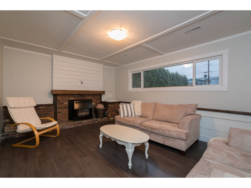 Photo 17: Photos: 5852 CLOVER Drive in Sardis: Vedder S Watson-Promontory House for sale : MLS®# R2132259