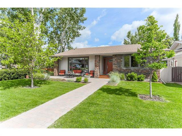 Main Photo: 123 SUNMOUNT PL SE in Calgary: Sundance House for sale : MLS®# C4103208