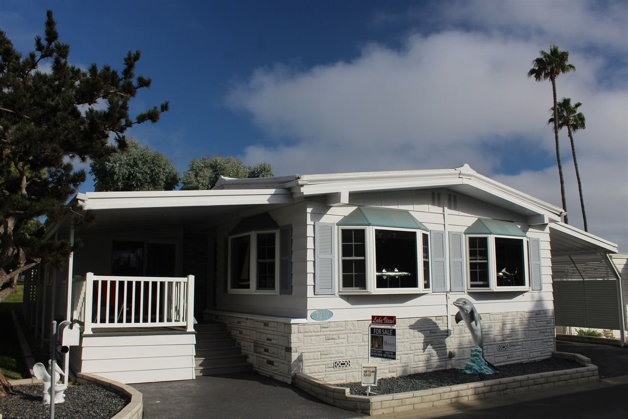 Main Photo: CARLSBAD SOUTH Manufactured Home for sale : 3 bedrooms : 7212 San Lucas #193 in Carlsbad