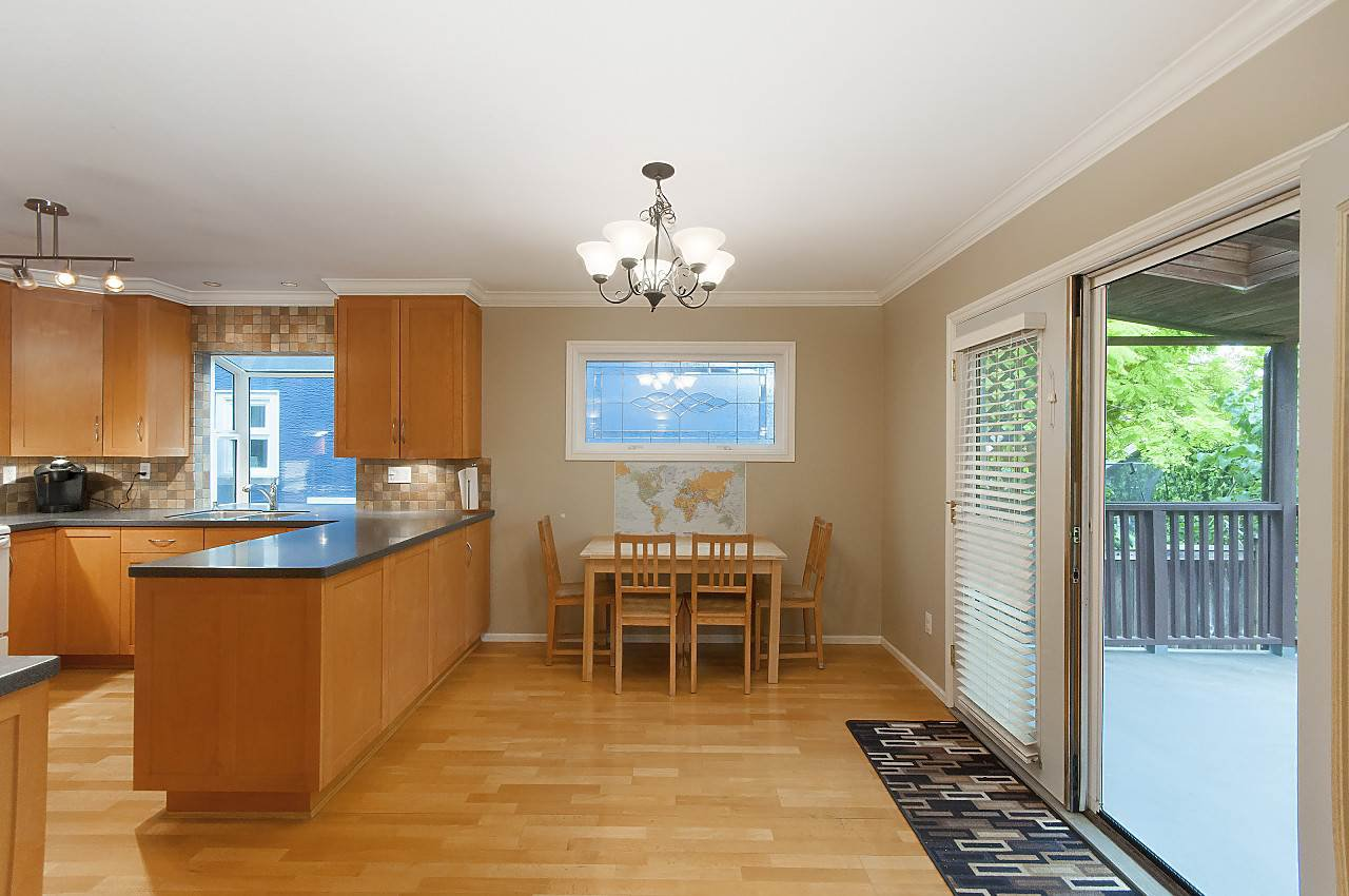 Photo 9: Photos: 4350 W 14TH Avenue in Vancouver: Point Grey House for sale (Vancouver West)  : MLS®# R2202991