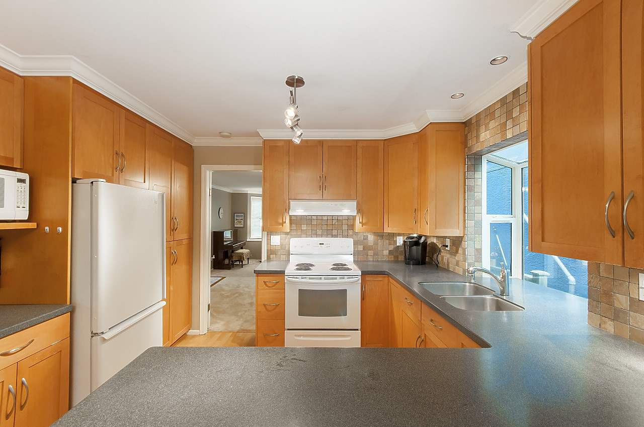 Photo 8: Photos: 4350 W 14TH Avenue in Vancouver: Point Grey House for sale (Vancouver West)  : MLS®# R2202991