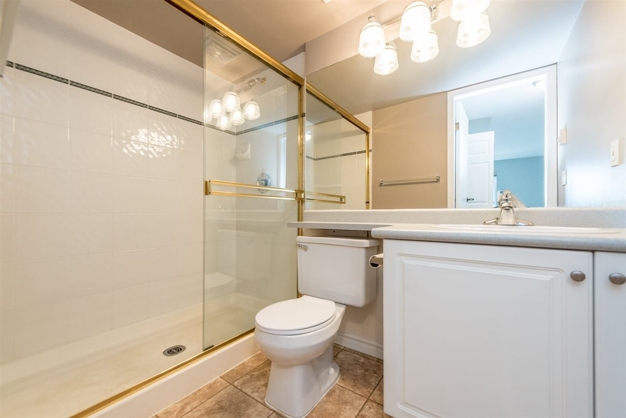 """Photo 13: Photos: 313 1669 GRANT Avenue in Port Coquitlam: Glenwood PQ Condo for sale in """"THE CHARLES"""" : MLS®# R2208270"""