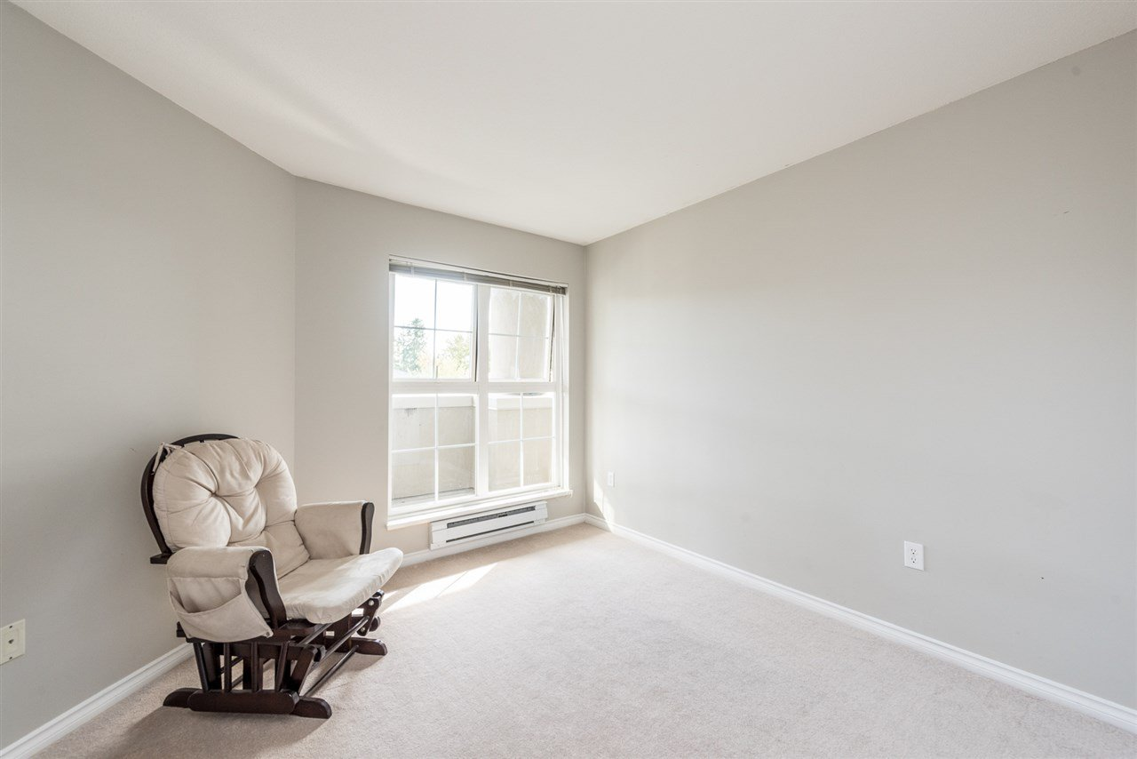 """Photo 9: Photos: 313 1669 GRANT Avenue in Port Coquitlam: Glenwood PQ Condo for sale in """"THE CHARLES"""" : MLS®# R2208270"""