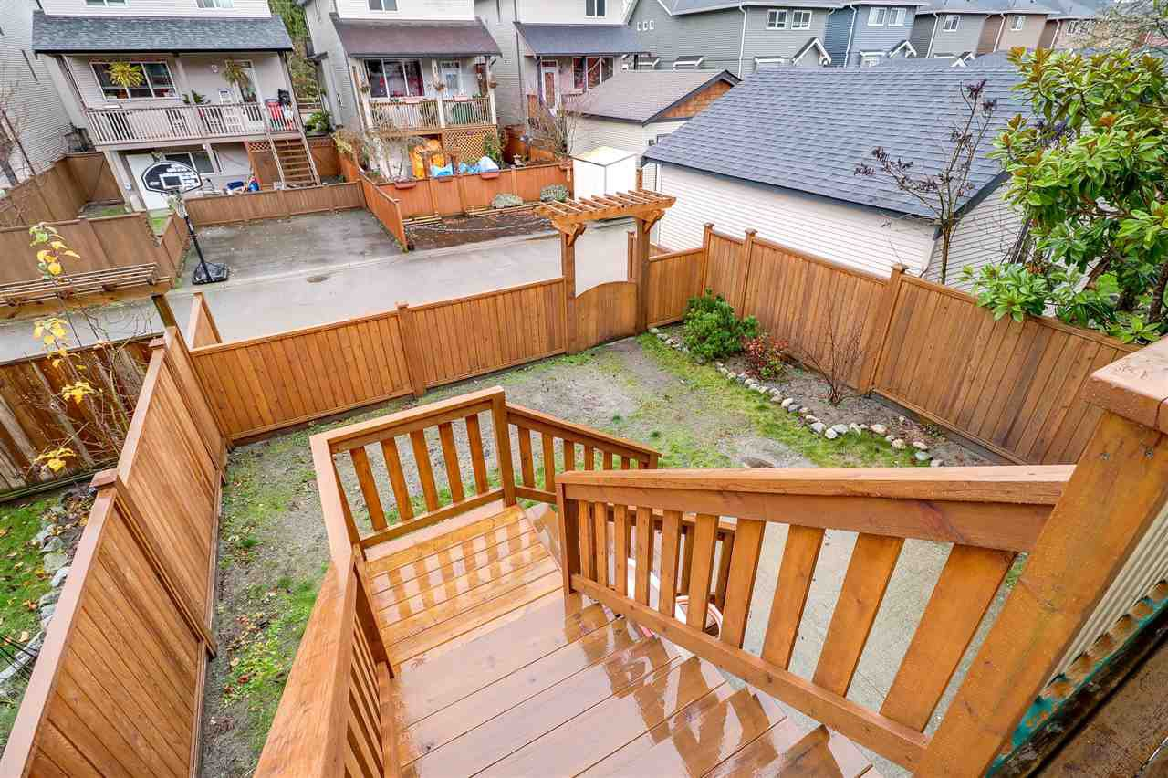 "Photo 18: Photos: 24258 102A Avenue in Maple Ridge: Albion House for sale in ""Country Lane"" : MLS®# R2225237"