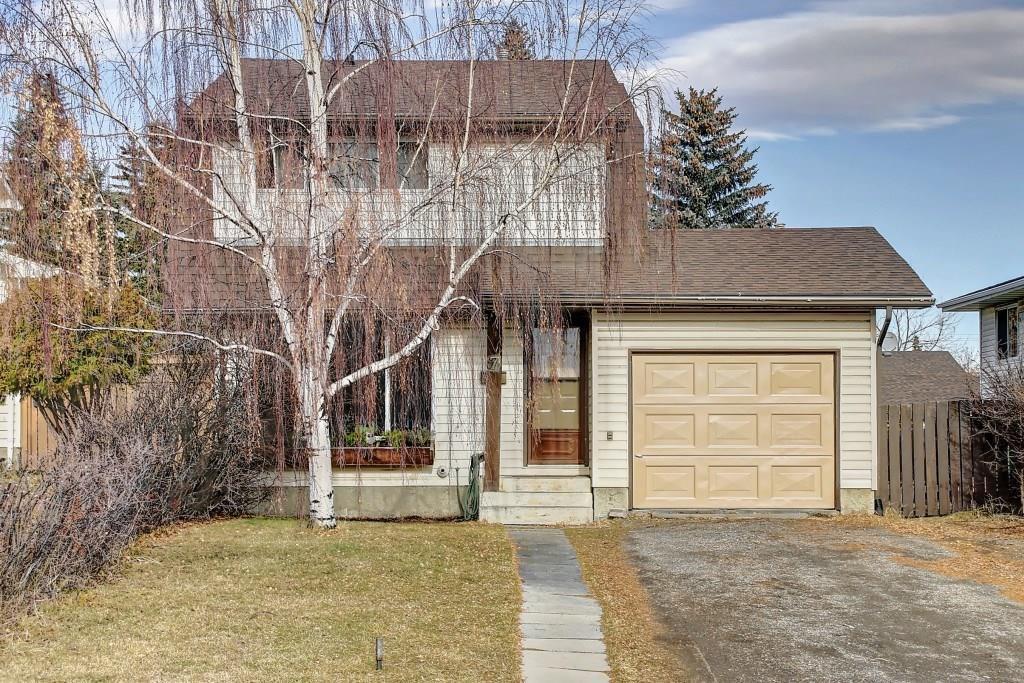Main Photo: 7 PINEBROOK Place NE in Calgary: Pineridge Detached for sale : MLS®# C4221689