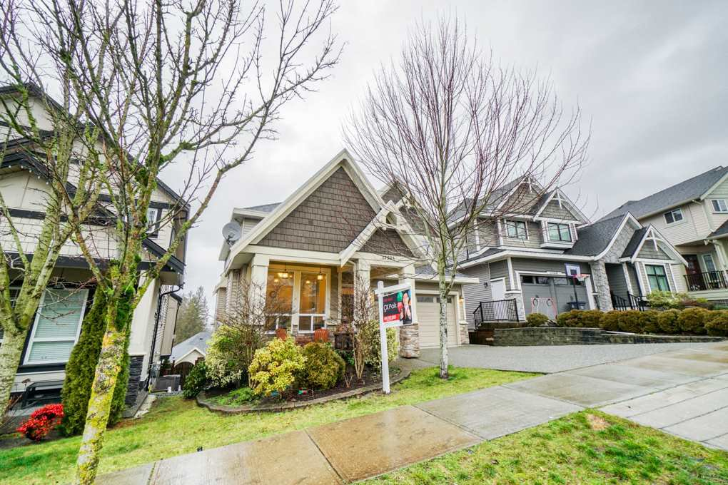 """Main Photo: 17833 71A Avenue in Surrey: Cloverdale BC House for sale in """"Provinceton"""" (Cloverdale)  : MLS®# R2336871"""