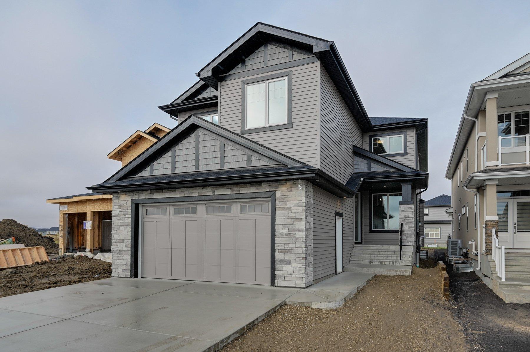 Main Photo: 4708 Charles Bay: Edmonton House  : MLS®# E4186017