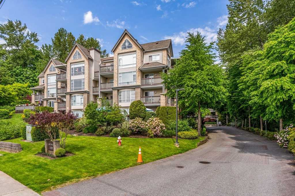 "Main Photo: 503 22233 RIVER Road in Maple Ridge: West Central Condo for sale in ""RIVER GARDENS"" : MLS®# R2471472"