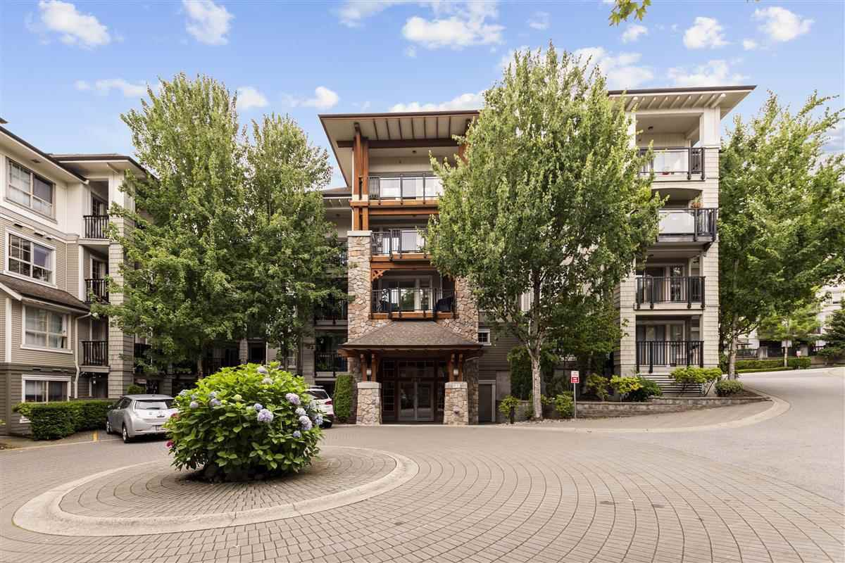 """Photo 1: Photos: 111 2958 SILVER SPRINGS Boulevard in Coquitlam: Westwood Plateau Condo for sale in """"TAMARISK"""" : MLS®# R2479625"""