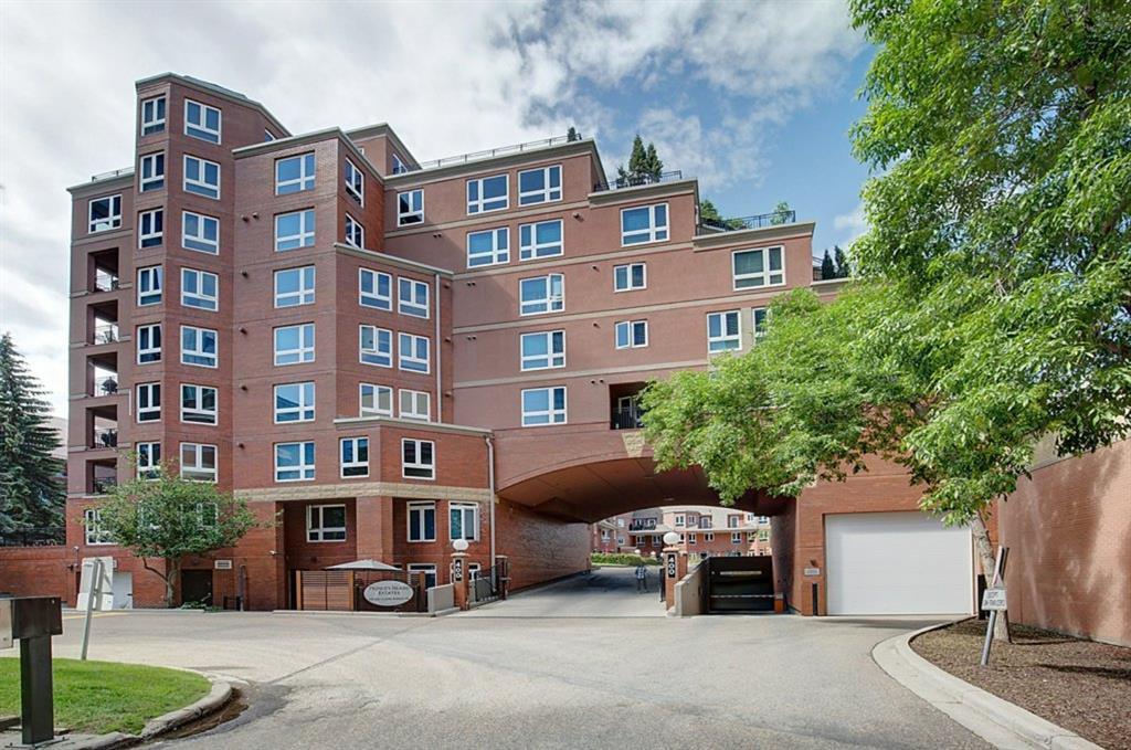Main Photo: 5202 400 EAU CLAIRE Avenue SW in Calgary: Eau Claire Row/Townhouse for sale : MLS®# A1018228