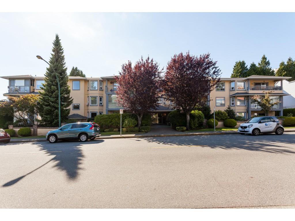 Main Photo: 200 1459 BLACKWOOD Street: White Rock Condo for sale (South Surrey White Rock)  : MLS®# R2491056