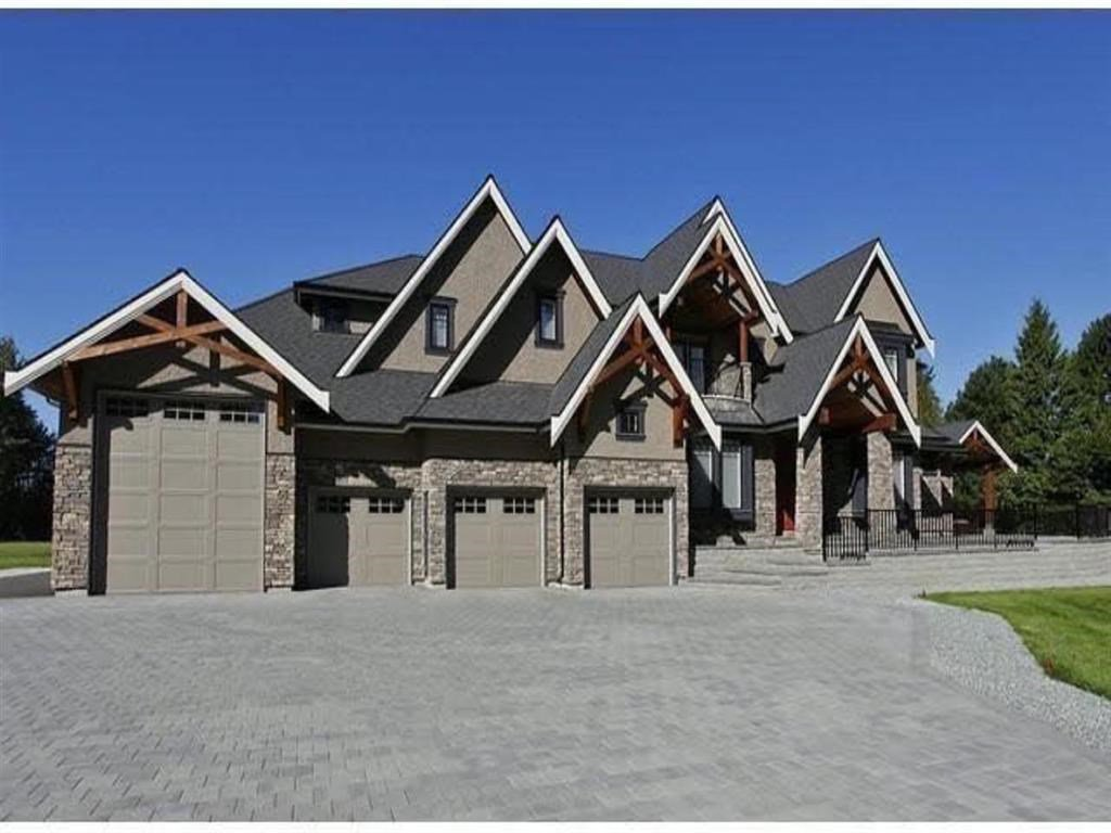 Main Photo: 6743 240 Street in Langley: Salmon River House for sale : MLS®# R2493084