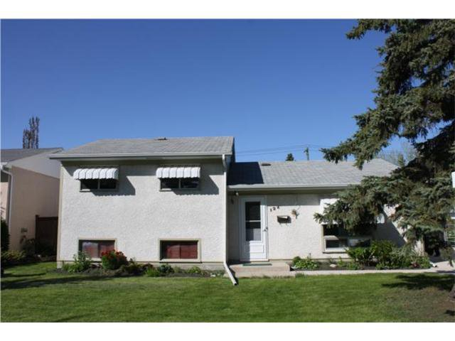 Main Photo: 124 VALLEY VIEW Drive in WINNIPEG: Westwood / Crestview Residential for sale (West Winnipeg)  : MLS®# 1109854