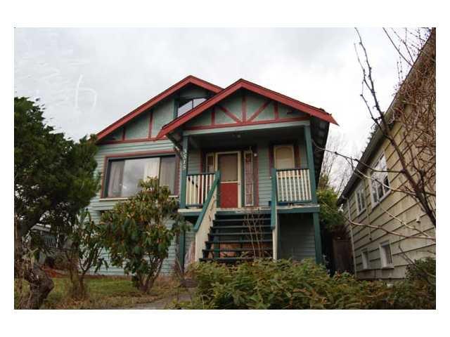 Main Photo: 3515 E GEORGIA Street in Vancouver: Renfrew VE House for sale (Vancouver East)  : MLS®# V928235