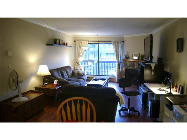 """Photo 2: Photos: 409 9672 134TH Street in Surrey: Whalley Condo for sale in """"DOGWOOD"""" (North Surrey)  : MLS®# F1403404"""