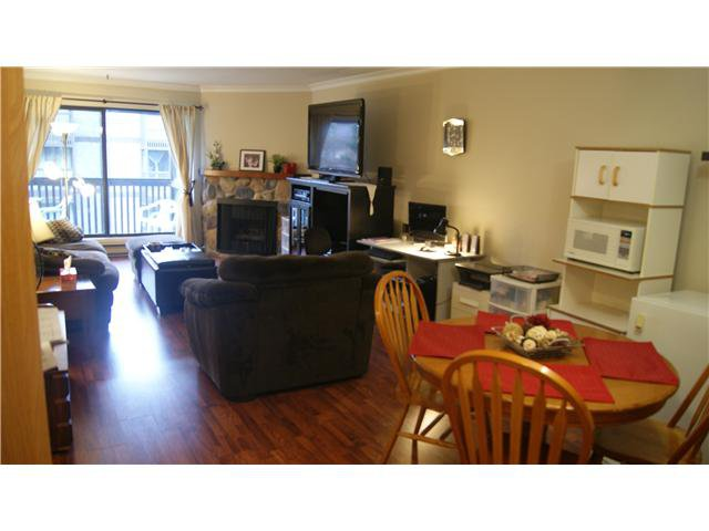 """Photo 6: Photos: 409 9672 134TH Street in Surrey: Whalley Condo for sale in """"DOGWOOD"""" (North Surrey)  : MLS®# F1403404"""