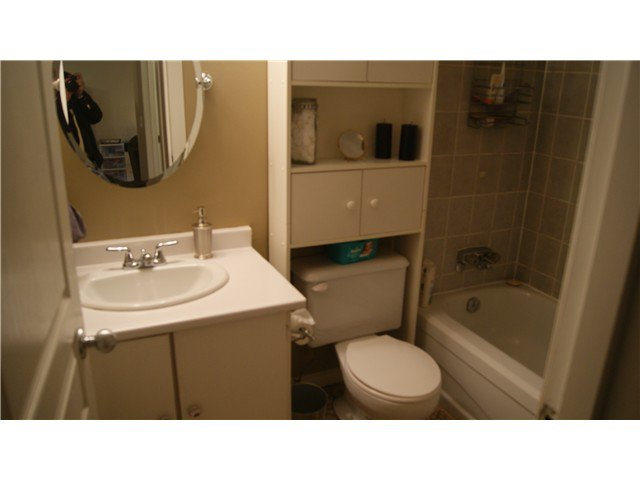 """Photo 10: Photos: 409 9672 134TH Street in Surrey: Whalley Condo for sale in """"DOGWOOD"""" (North Surrey)  : MLS®# F1403404"""