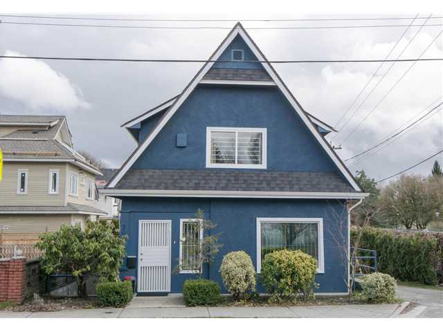 Main Photo: 2622 CLARK Drive in Vancouver: Grandview VE House for sale (Vancouver East)  : MLS®# V1055400