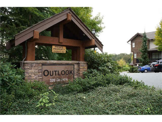 """Main Photo: 11 320 DECAIRE Street in Coquitlam: Central Coquitlam Townhouse for sale in """"OUTLOOK"""" : MLS®# R2014338"""