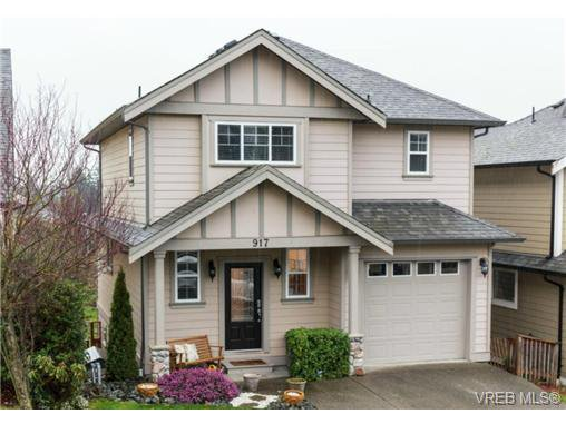 Main Photo: 917 Cavalcade Terr in VICTORIA: La Florence Lake House for sale (Langford)  : MLS®# 722466