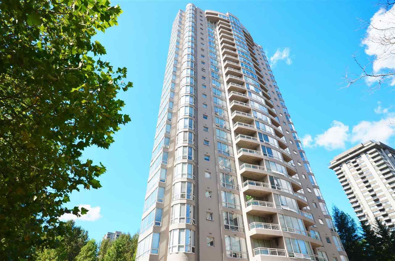 Main Photo: 905 9603 MANCHESTER Drive in Burnaby: Cariboo Condo for sale (Burnaby North)  : MLS®# R2072003